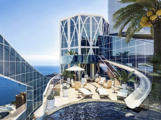 Monaco l 39 appartement penthouse de 300 millions d 39 euros for Piscine odeon