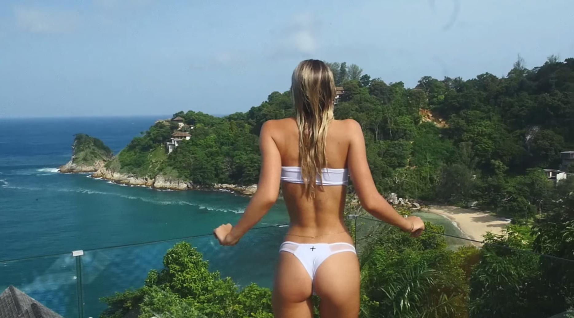 sexe en vacances avec de la petite coquine : videos