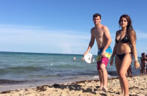 il-lance-frisbee-mer-homme-attrape-jetski-incroyable