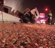 camion-semi-remorque-accident-argent-piece-monnaie-sol-pennies-delaware