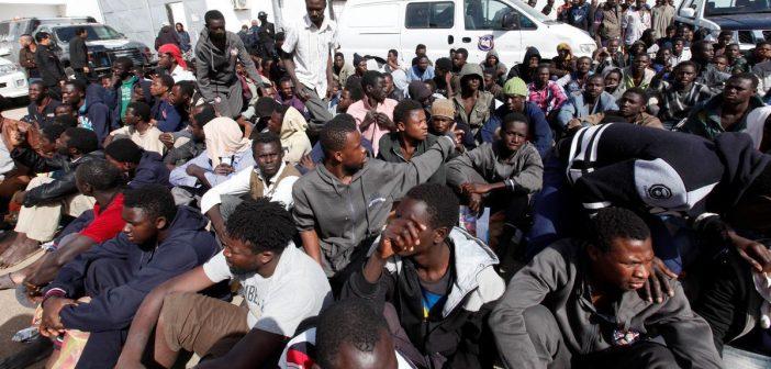 CNN a filmé des migrants vendus aux enchères sur un marché aux esclaves.