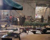 Un balcon de la bourse de Jakarta s'effondre en pleine journée.