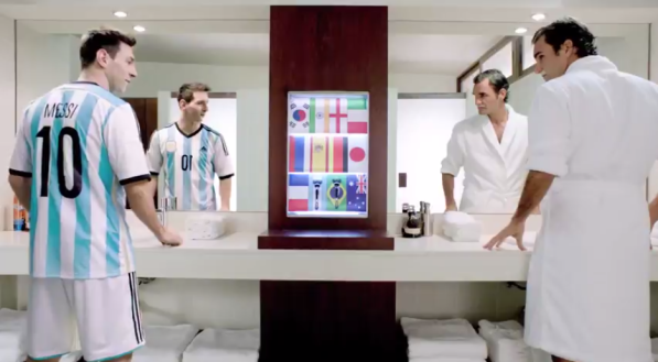 la nouvelle pub des rasoirs gillette lionel messi et roger federer s 39 affrontent le temps d 39 une. Black Bedroom Furniture Sets. Home Design Ideas