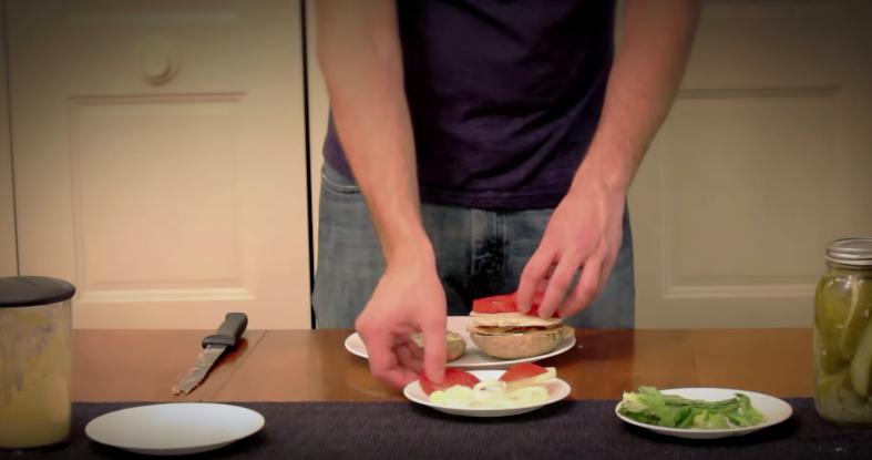 Il cuisine son propre burger de a a z en six mois 1500 for Cuisine de a a z