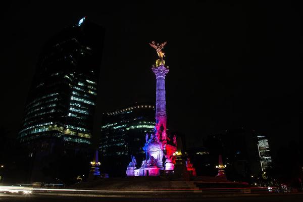 mexico-couleurs-france-hommage-paris-attentats