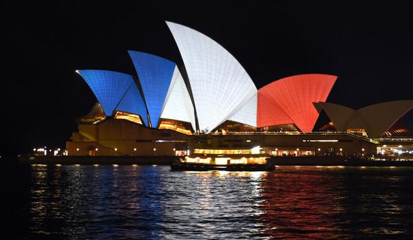 sydney-couleurs-france-hommage-paris-attentats
