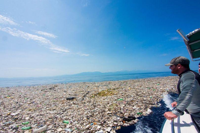 Pollution-ces-photos-vous-montrent-la-mer-des-Caraibes-comme-jamais-vous-ne-l-aurez-imagine