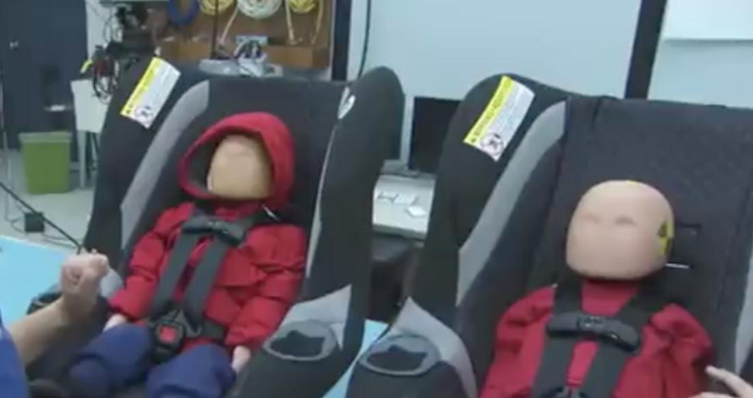 si ge auto n 39 installez jamais votre enfant avec un manteau un crash test accablant. Black Bedroom Furniture Sets. Home Design Ideas